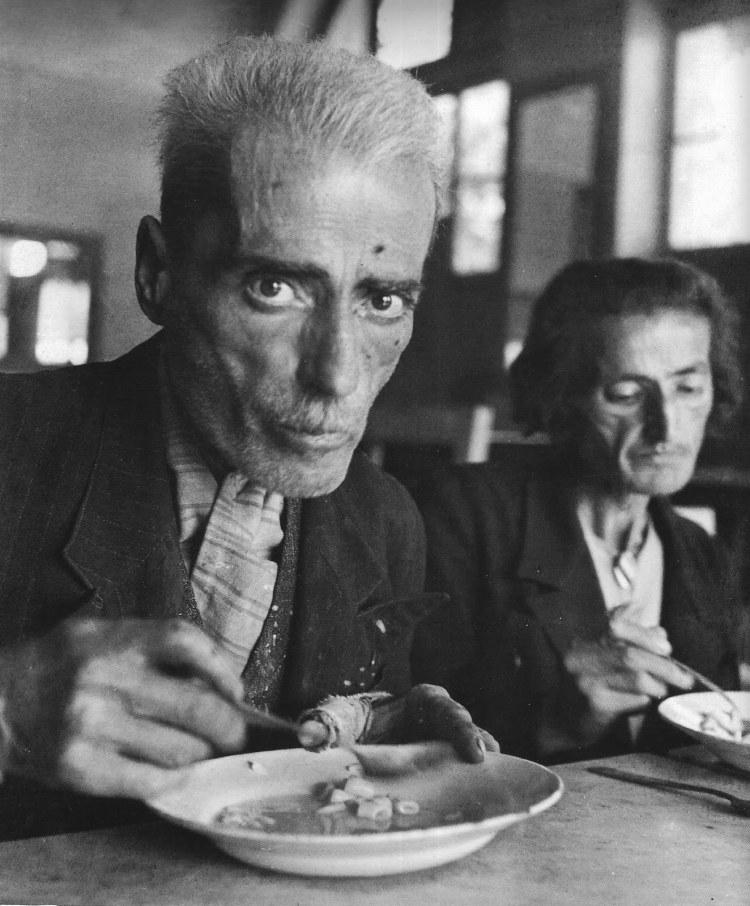 Κατοχή. Εστία Νέου Φαλήρου (Δεκέμβριος 1941)
